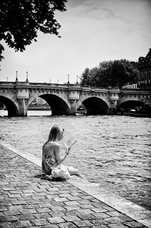 La liseuse du Pont-Neuf