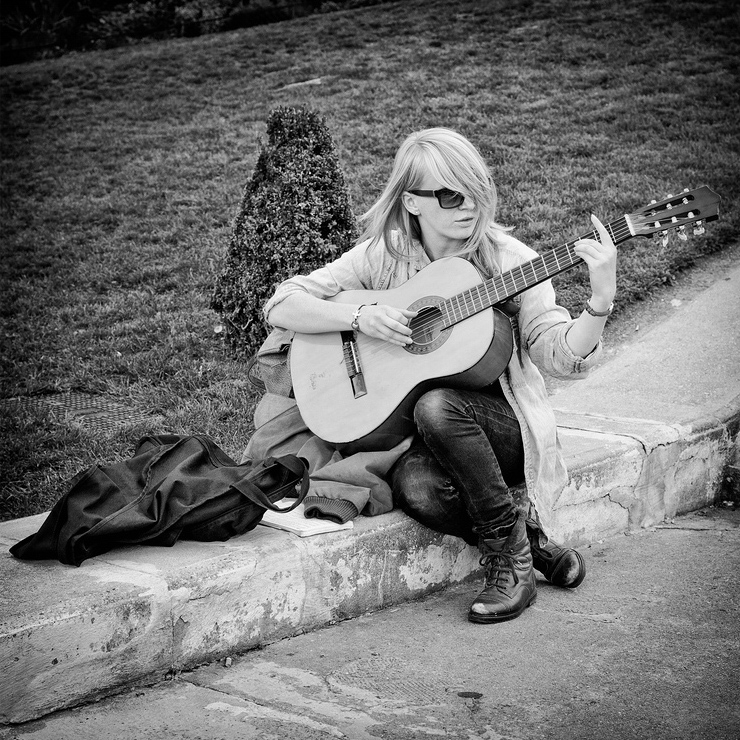 L'apprentie guitariste