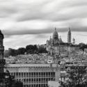 La Basilique du Sacré Cœur de Montmartre vu depuis les Buttes-Chaumont