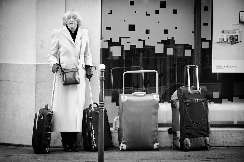La femme aux 4 valises
