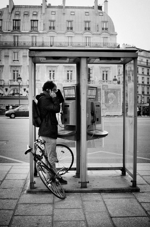 Téléphone public
