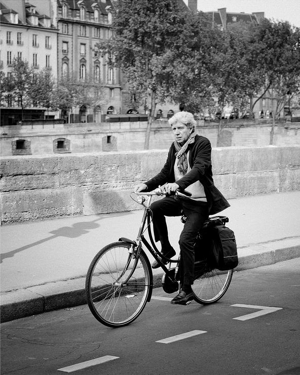 Max en vélo
