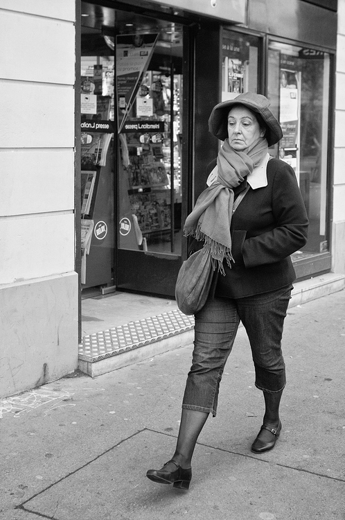 Mme Duvois & son chapeau