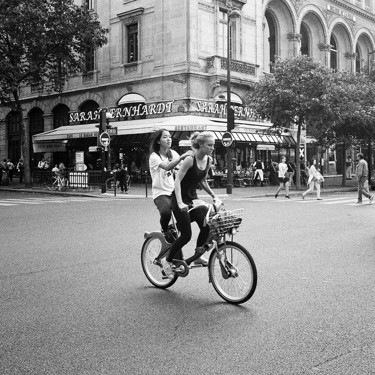 A deux sur un vélib