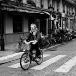 M. Maisonneuve sur son vélo
