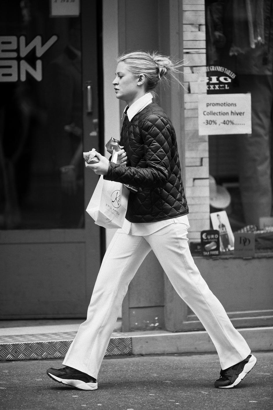 Le jogging blanc