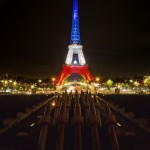 La tour Eiffel bleu blanc rouge