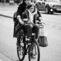 A deux sur un vélo