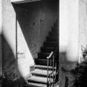 L'escalier entre ombre et lumière