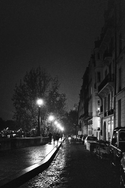 La nuit sur l'île Saint-Louis