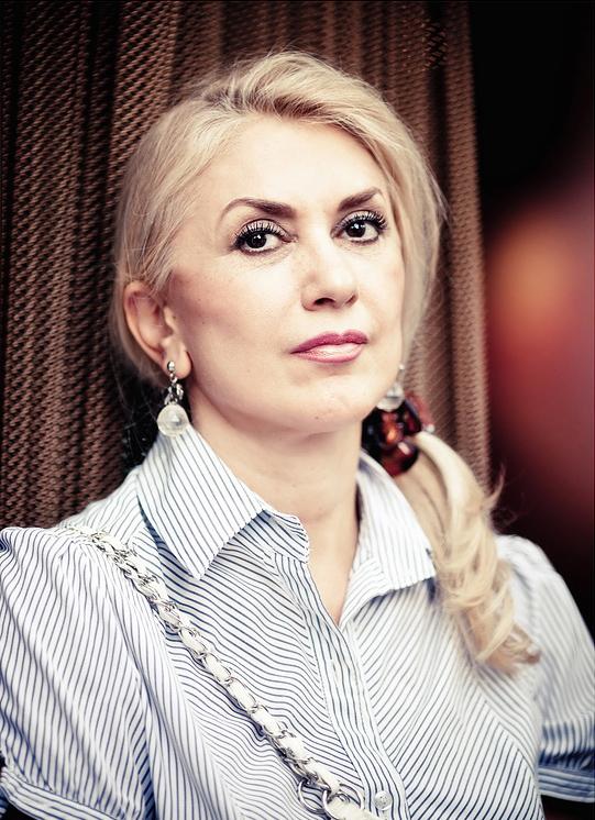 Veronika Perez