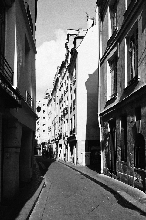 Rue Sainte-Croix de la Bretonnerie
