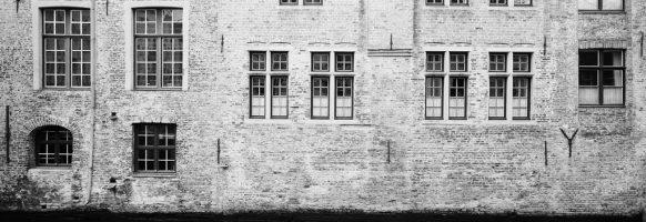 Bruges et ses fenetres
