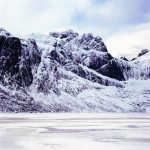 Lac Storvatnet gelé / Lofoten / Norvège