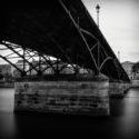 Les piles du pont des Arts