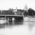 Pont Saint-Louis et au loin le Panthéon