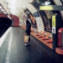 Sur le quai du métro