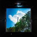 Dans le viseur de l'Hasselblad, je vois la tour Eiffel