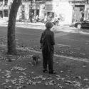 Daphné Boutri et son chien marcellin