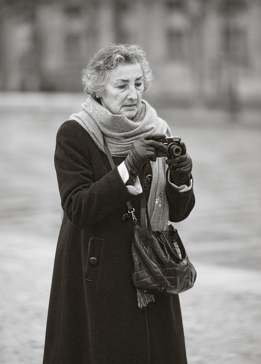 Esther Carin