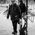Dans le froid et la pluie