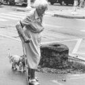 Mme Barjac et son chien pupuce