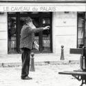 Joueur de pétanque / Place Dauphine