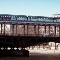 Metro sur le pont de Bir-Hakeim