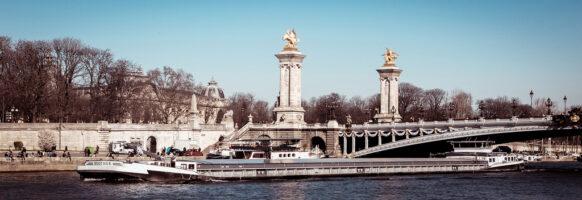 Non loin du pont Alexandre III